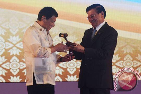 Laos serahkan keketuaan ASEAN 2017 kepada Filipina