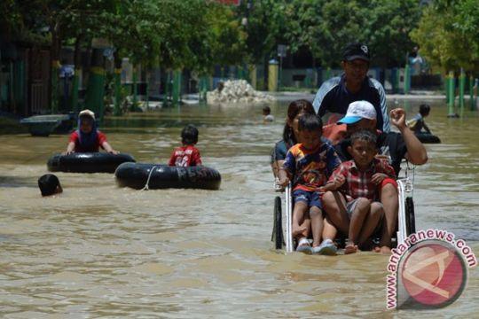 Diguyur hujan deras, Kota Sampang tergenang banjir