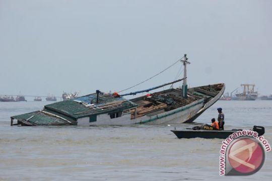 Kapal pembawa TKI karam di perairan Malaysia