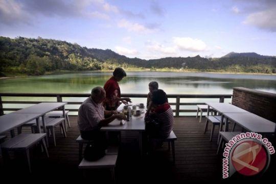 Produk makanan ringan Tiongkok promosikan wisata Sulut