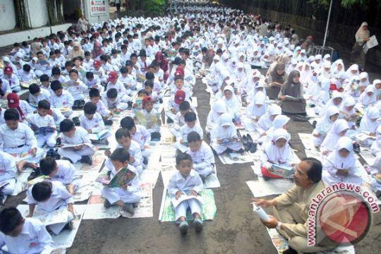 "Cirebon ""merger"" manajemen sekolah akibat kekurangan guru"