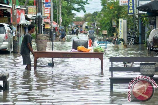Ka BPBD Pangandaran sebutkan dua ribuan rumah terendam banjir