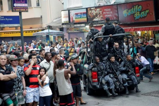 Polisi Brazil gerebek rumah sakit cari peluru yang menewaskan bocah