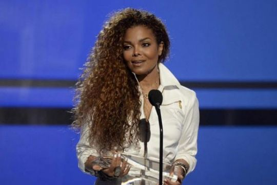 Di Twitter, hari Super Bowl adalah #JanetJacksonAppreciationDay
