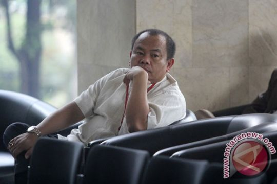 KPK tahan penyuap Ketua Komisi A DPRD Kebumen
