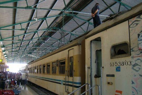 Puncak arus balik dari Stasiun Cirebon diperkirakan hari ini