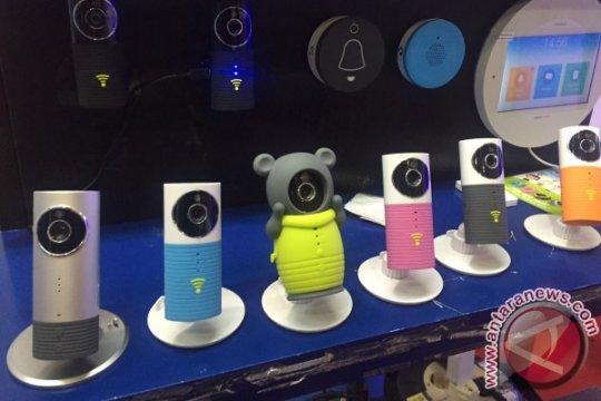 CCTV tanpa kabel mungkinkan pengintaian dari jari tangan