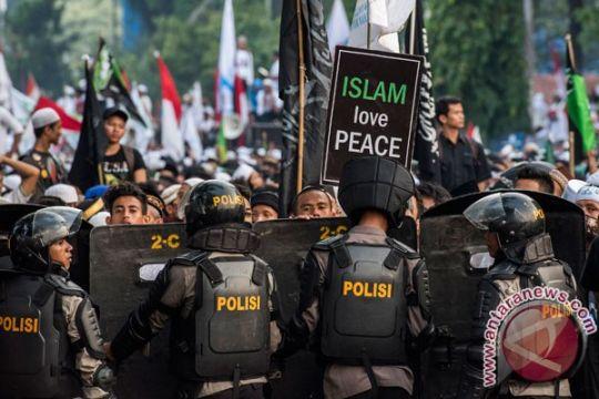Pengamat: ada empat kelompok kepentingan di balik demo 4 November