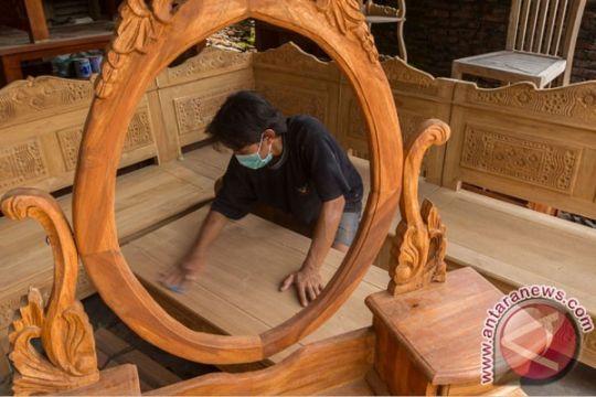 Produk furnitur kayu jati Indonesia diminati di Inggris