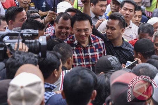 Anggota FPI tolak kedatangan Ahok di Jatipadang