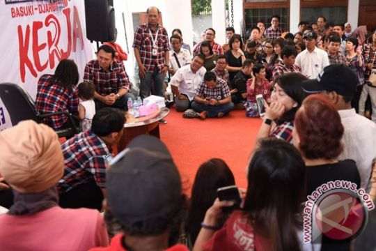 Warga berdoa untuk Ahok di Rumah Lembang
