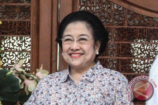Megawati singgung pembentukan kabinet saat berulang tahun