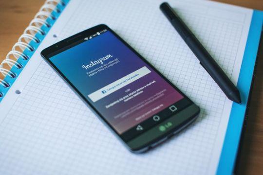 Instagram tak lagi terhubung dengan Foursquare dan Flickr