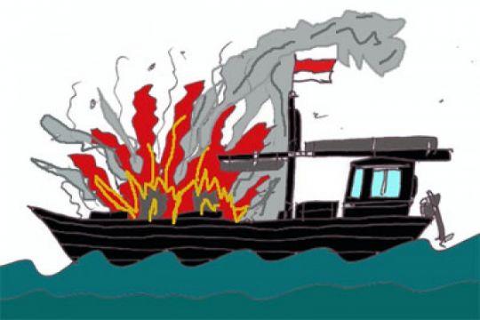 Kapal POF XVIII rute Bitung-Halmahera Barat terbakar