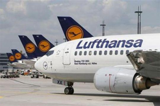Bursa Jerman menguat, namun saham Lufthansa dan Daimler rontok