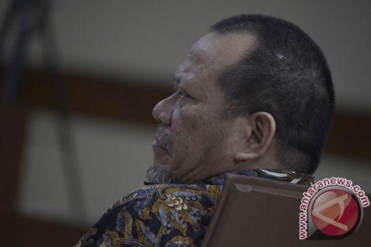 La Nyalla dituntut enam tahun penjara