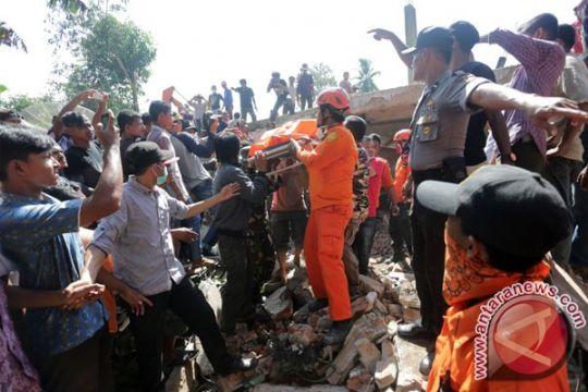 Korban gempa Pidie Jaya dievakuasi ke Sigli
