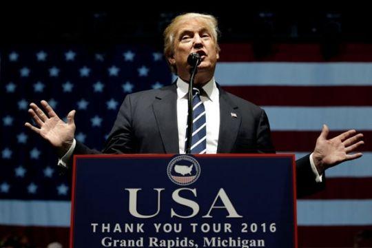 PLT Jaksa Agung AS bersumpah bela perintah imigrasi Trump