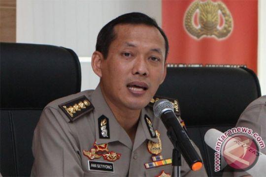 Dijamin Arifin Ilham, penahanan pembawa Merah Putih bertuliskan Arab ditangguhkan