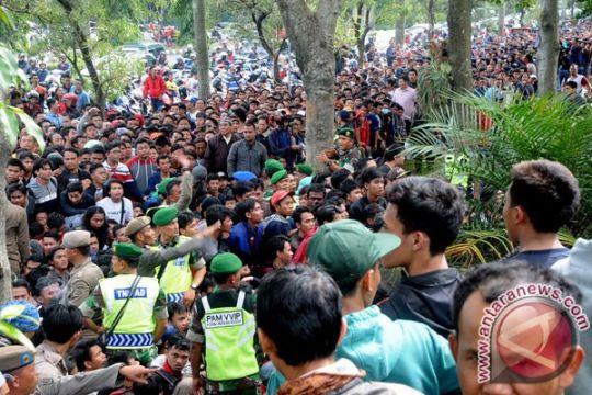 Kapolres : tidak ada penjualan tiket di Stadion Pakansari