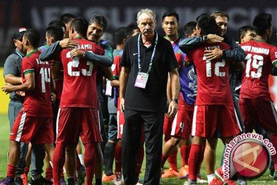 Mantan pelatih timnas Indonesia Alfred Riedl tutup usia