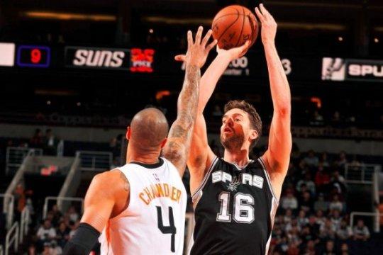 Spurs lewati Suns 107-92