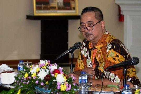 DPR : Seharusnya Indonesia tidak kekurangan guru