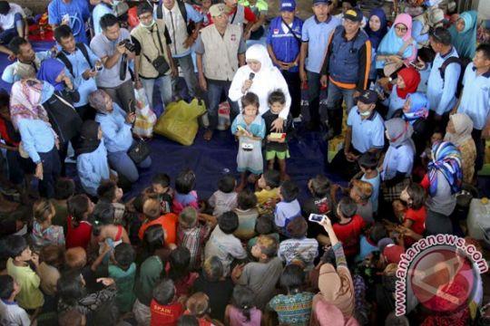 Mensos berkantor di Bima tangani korban banjir