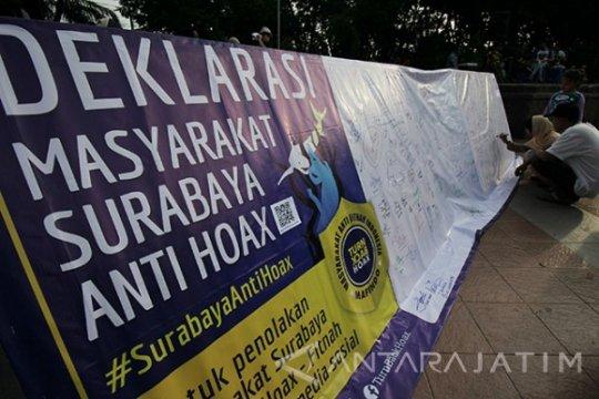Hoaks, video Risma berorasi di depan KPU Surabaya