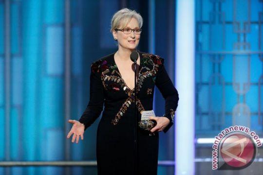 Meryl Streep sebut Karl Lagerfeld rusak penampilannya di Oscar