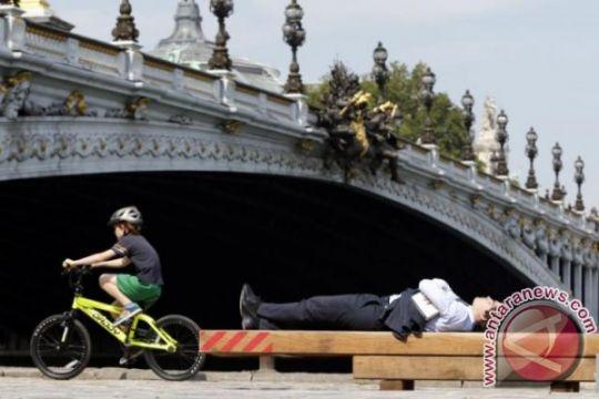 Air Sungai Seine naik, 1.500 orang di Paris diungsikan