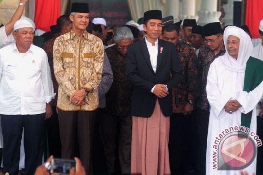 Presiden Jokowi berdoa bersama santri-habib di Pekalongan
