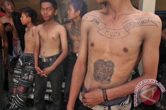 Satpol PP Sukabumi tangkap anak punk dan pengamen