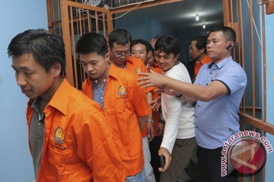 Pemerintah Indonesia telah deportasi 108 WNA dari Riau