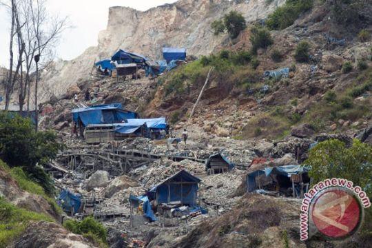 Enam penambang emas ilegal di Gunung Botak diciduk