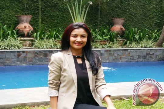 Bincang-bincang bersama Tina Talisa jelang debat Cagub DKI