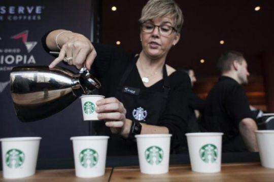 Dongkrak pasar China, Starbucks akan gandeng Alibaba