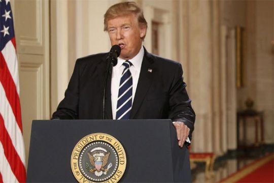 Isi pidato Trump perintahkan serang pangkalan udara Suriah