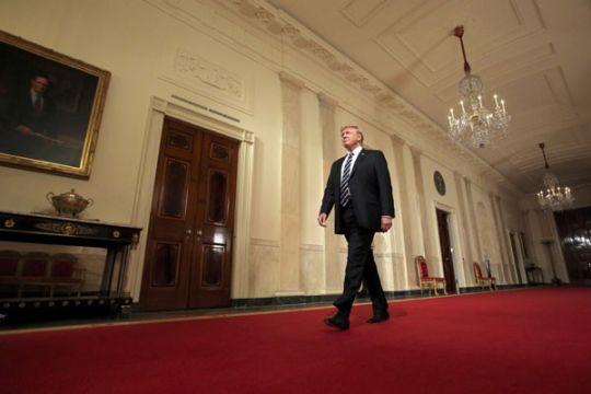 Langkah lanjutan Trump anulir hak-hak transgender