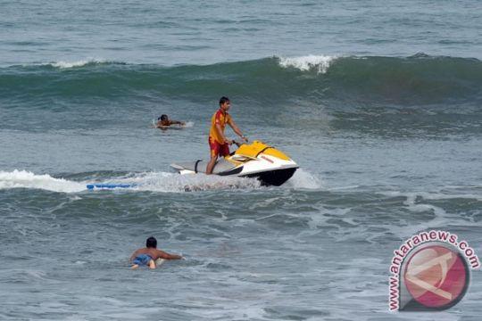 Balawista Sukabumi selamatkan dua wisatawan tenggelam
