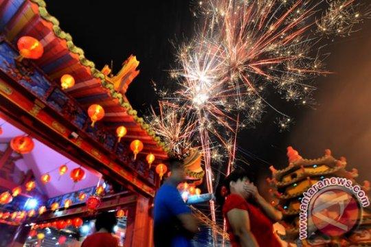 Ribuan warga keturunan Tionghoa, siap disambut di kelenteng tertua Jambi