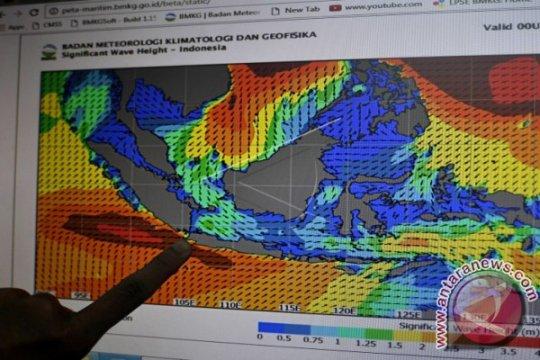BMKG: Sejumlah daerah di Sumbar berpotensi hujan lebat disertai kilat