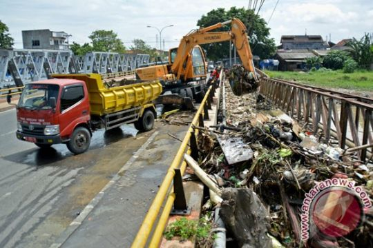 Pusdataru: normalisasi Banjir Kanal Timur Semarang ditunda