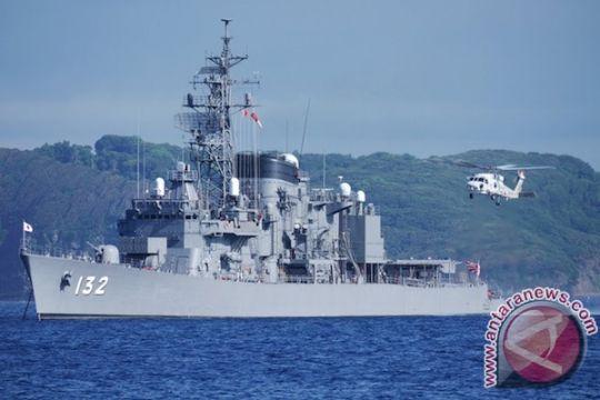 Kapal perang Jepang menuju Teluk jaga jalur pengiriman minyak