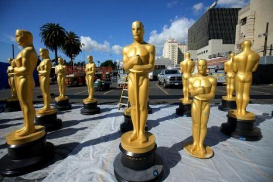 Brian May bantah menolak tampil di Oscar