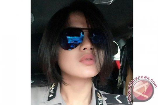 Bripda Ismi, polisi cantik di tengah serangan bom Bandung