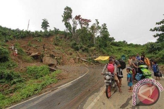Gempa Banggai  tak pengaruhi jalur Manado-Gorontalo