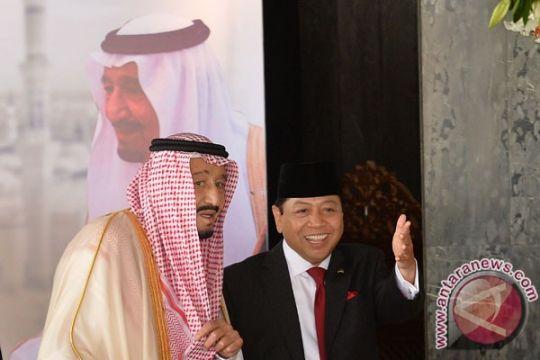 Raja Salman akan tanam pohon kayu ulin di Istana