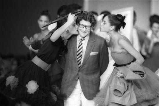 Museum Yves Saint Laurent akan dibuka di Paris dan Maroko