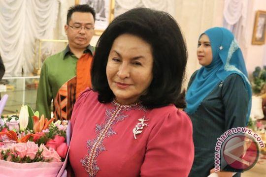Istri mantan Perdana Menteri Malaysia didakwa